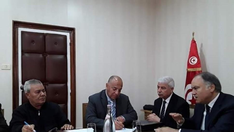 جلسة تفاوضية بين وزارة التربية و الجامعة العامة للتعليم الأساسي