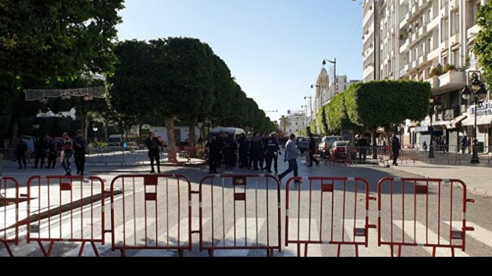 شارع الحبيب بورقيبة بتونس العاصمة