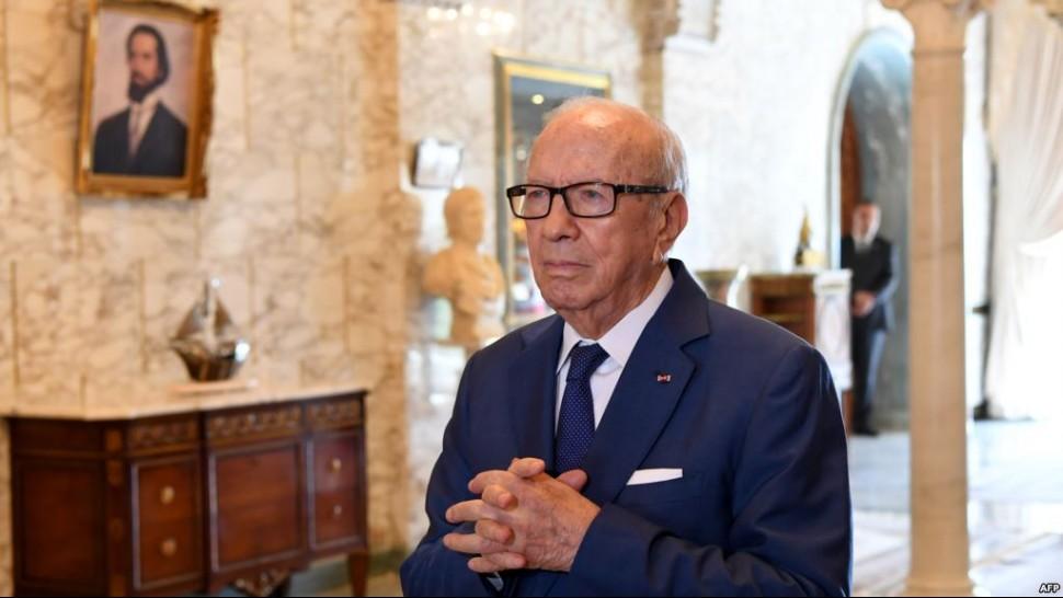 قايد السبسي: الحكومات تمرّ والرجال يمرّون... وتبقى تونس فوق الجميع