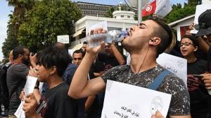 منظمات وجمعيات تستنكر تواتر انتهاكات الحريات الفردية مع حلول شهر رمضان