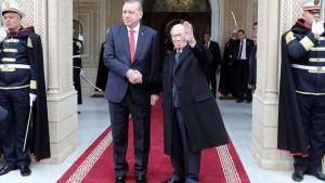 اردوغان : السبسي سيظل يُذكر باحترام إزاء خدماته لتونس