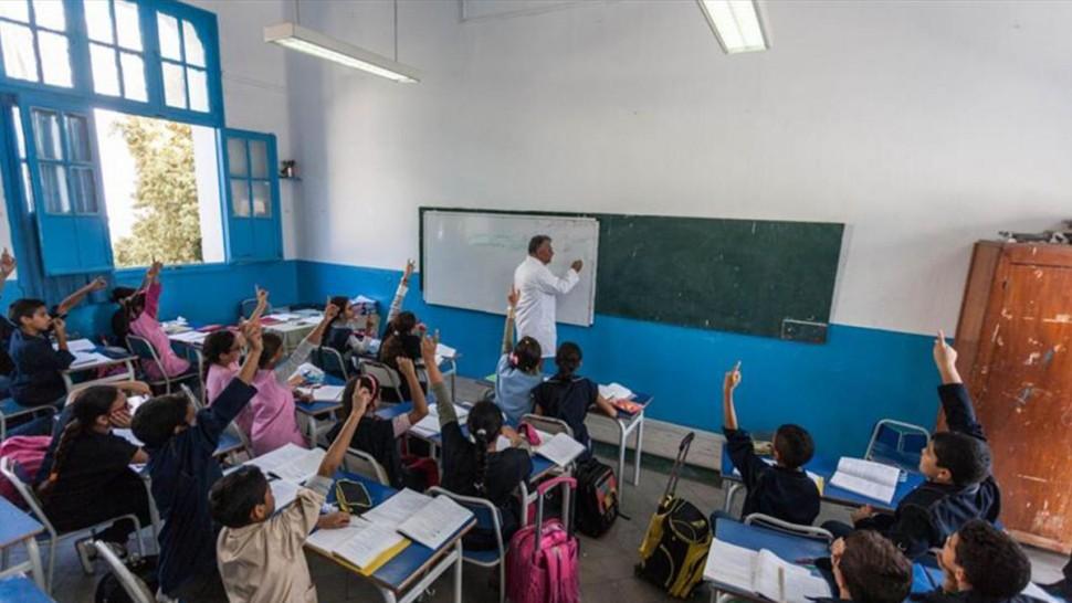 رفض منشور وزارة التربية الخاص بمنع التدريس في العام والخاص