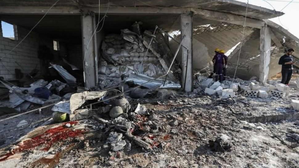 كارثة إنسانية تحل بمدينة ادلب السورية
