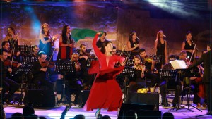 جمهور مهرجان صفاقس الدولي على موعد مع عرض '24 عطر' الليلة