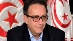 حافظ قايد السيسي يدعو الشاهد و7 وزراء إلى الاستقالة