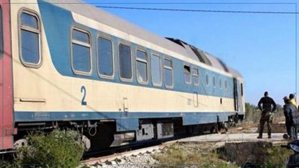 اصابتان في اصطدام بين قطار و عربة عسكرية