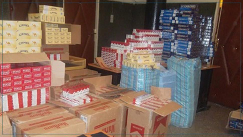 صفاقس :حجز آلاف علب السجائر  داخل مخزنين