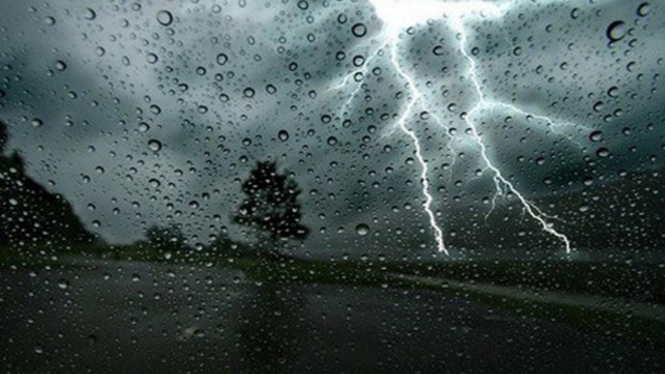 متابعة للوضع الجوي:نزول الأمطار بكميات تصل إلى  100 مليمتر بالشمال الغربي