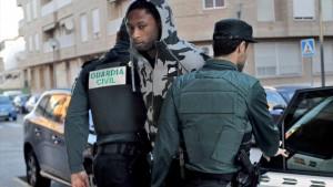 شقيق نجم برشلونة من السجن إلى المنتخب البرتغالي