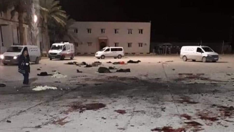 ليبيا : مقتل 28 شخص في غارة جوية لقوات حفتر بطرابلس
