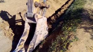 عقارب :مواطنون يوقفون اشغال ربط منطقتين بالماء الصالح للشراب