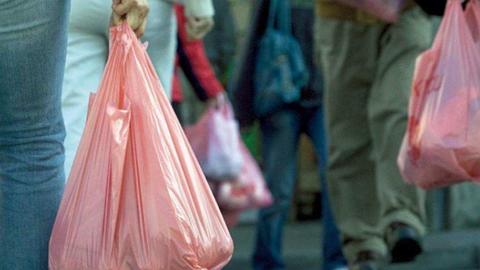 بداية من غرة مارس: منع استعمال أنواع من الأكياس البلاستيكية