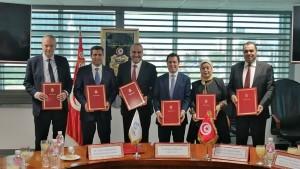 توقيع  هبتين مع الحكومة السويسرية وثلاث اتفاقيات تمويل مع البنك العالمي