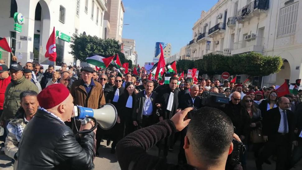 بالصور :مسيرة شعبية ضد صفقة القرن بصفاقس