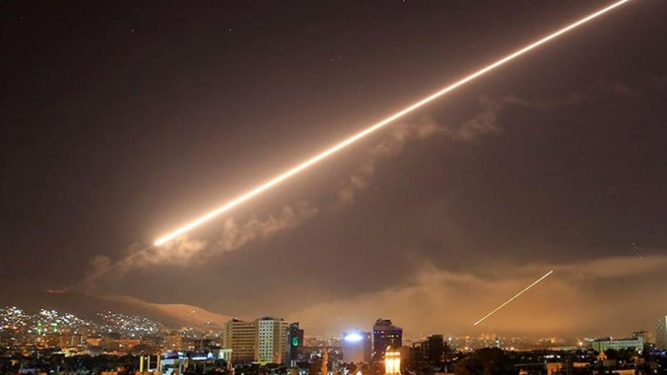 صواريخ في سماء سوريا