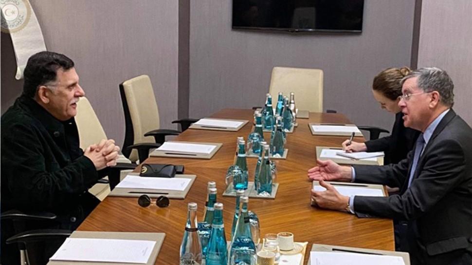 السراج يلتقي بالسفير الأمريكي في تركيا