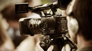 تقدم مرصد رقابة اليوم الجمعة بطعن لدى المحكمة الإدارية في قرار وزارة الشؤون الثقافية القاضي بإسناد رخص لاستئناف تصوير الأعمال التلفزيونية الرمضانية.