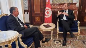 لقاء بين وزير المالية ونور الدين الطبوبي