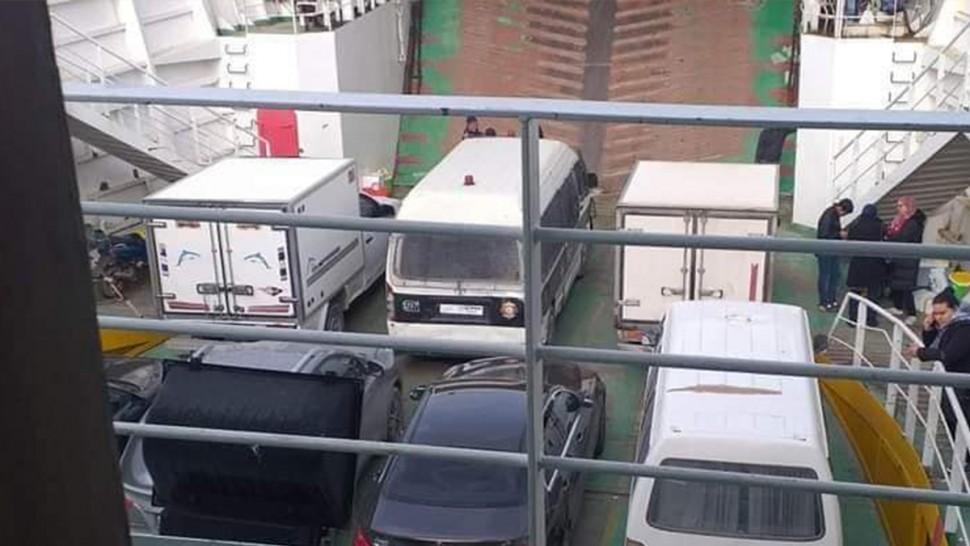 صفاقس : اتّهامات لشركة 'السونوتراك' بالمحسوبية في ادخال سيارات المسافرين الى البواخر