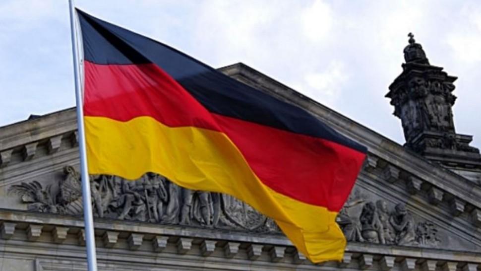 قررت ألمانيا تمديد العمل بقواعد التباعد الاجتماعي إلى غاية تاريخ 29 جوان القادم وفق ما أكده المتحدث باسم الحكومة الألمانية.