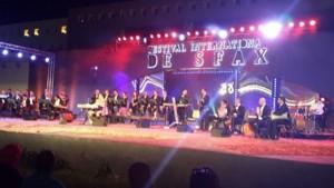 أفاد مدير الدورة 42 لمهرجان صفاقس الدولي محمود داود بأن مهرجان صفاقس الدولي سيكون هذا العام استثنائيا حيث ستكون الدورة 42 من المهرجان بنسخة تونسية 100 بالمائة مضيفا ان سيتم تشريك فناني صفاقس في هذه الدورة .