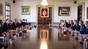الملفات الاجتماعية والاقتصادية محور لقاء مشترك بين وفد حكومي ووفد عن الاتحاد العام التونسي للشغل