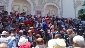 عبير موسي خلال وقفة احتجاجية : البرلمان أضحى مسرحا للعنف و لتصفية الخصوم السياسيين
