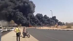 مصر : إصابة 17 شخصا نتيجة حريق هائل على طريق القاهرة الإسماعيلية (فيديو)