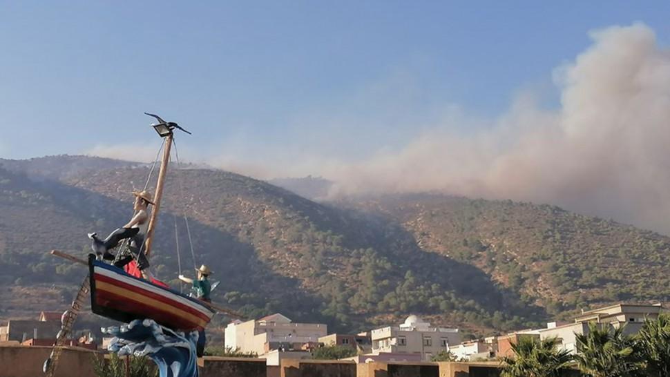 بنزرت :اخماد حريق جبل الناظور بغار الملح