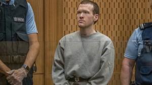 السجن المؤبد لمنفذ مجزرة مسجدي نيوزيلندا دون الحق بإفراج مشروط