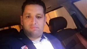 رنفى مصدر طبي ما تم تداوله حول وفاة عون الحرس الثاني رامي الإمام صباح اليوم الثلاثاء في مستشفى الجامعي سهلول إثر تعرضه لاعتداء من طرف إرهابيين صبيحة يوم الأحد الماضي.