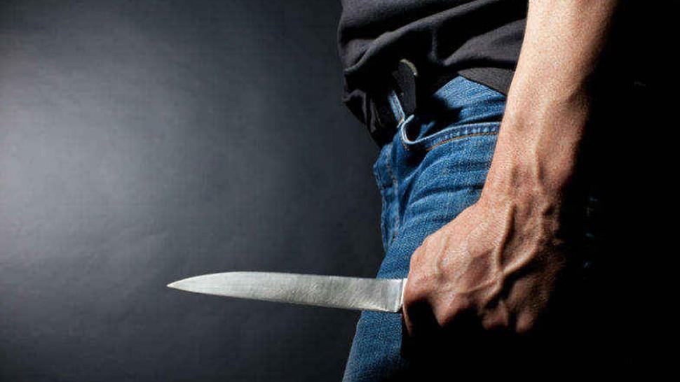 المهدية : عونا أمن يتعرضان للطعن من قبل منحرفين