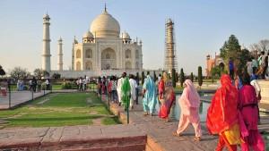 رغم تزايد عدد الإصابات بكورونا ... الهند تعيد فتح 'تاج محل'