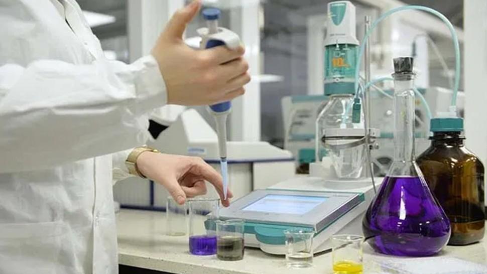 أعلنت الادارة الجهوية للصحة بصفاقس عن تسجيل 22 حالة إصاب جديدة بفيروس كورونا إلى جانب 7 حالات شفاء ليرتفع عدد المتعافين إلى 111 .
