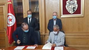 توقيع اتفاق بين الحكومة و اتّحاد الشغل لتسوية وضعية عمّال الحضائر