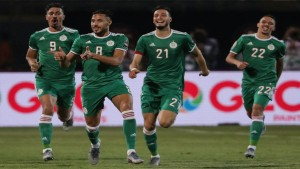 يوسف البلايلي يختار الإحتراف في قطر