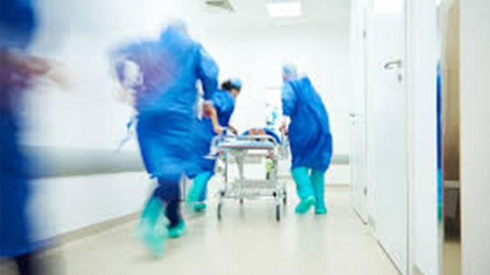 الدكتور عيسى الدراجي يروي تفاصيل ليلة الرعب بقسم الاستعجالي بالرابطة
