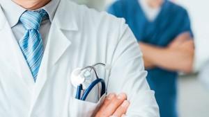 عميد كلية الطبّ بصفاقس: 'لا يمكن السماح بالمرور الآلي من طبيب عام الى طبيب عائلة '