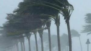 طقس الأحد: أمطار رعدية مع رياح قوية تصل سرعتها إلى 70 كلم في الساعة