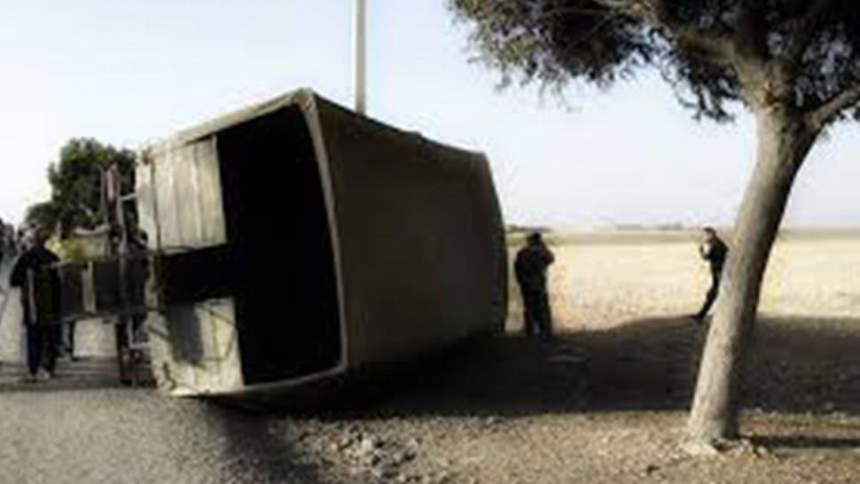 مطماطة: إصابة 3 عسكريين في انقلاب شاحنة