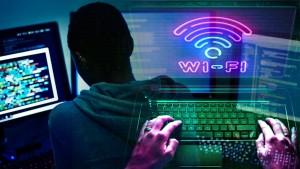 كيف تعرف أنك تتعرض لسرقة شبكة الـ wi-fi الخاصة بك وكيف تحميها ؟؟
