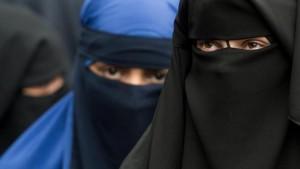 استفتاء في سويسرا حول حظر النقاب