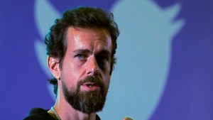 سعر أوّل تغريدة لمؤسس تويتر يبلغ 7 مليارات