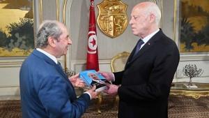 قيس سعيد ومحمد الناصر
