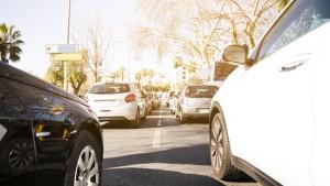 قرار جديد يتعلق بضبط مسافة الأمان بين العربات