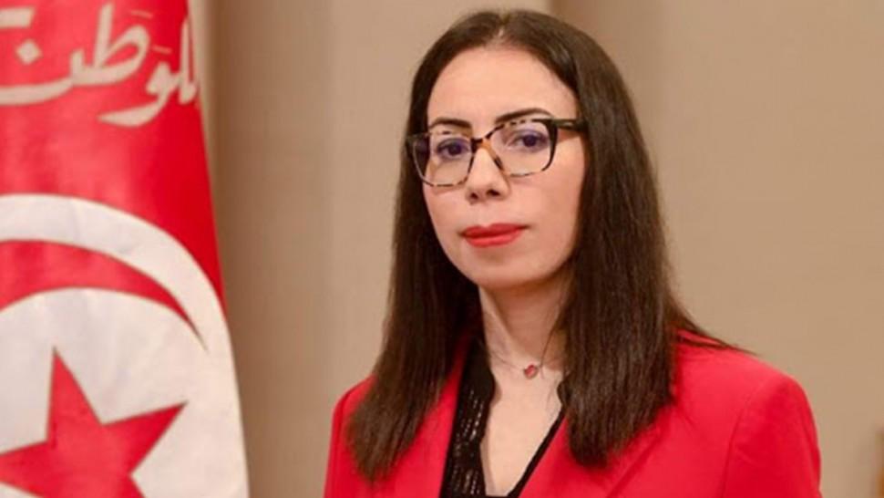 نادية عكاشة : 'لست معنية بكل هذه التفاهات العقيمة'