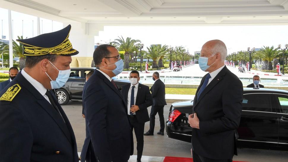 رئيس الجمهورية يغادر تونس في اتّجاه مصر