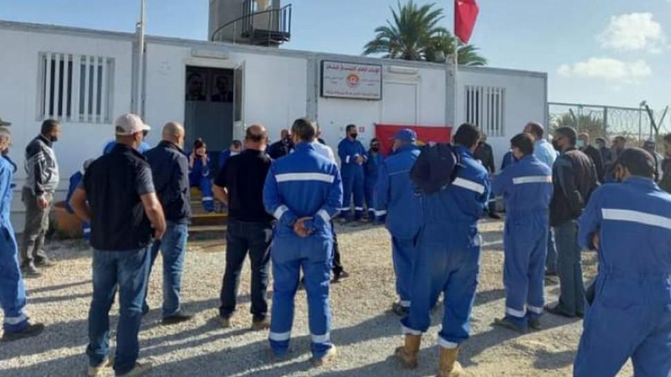 قرقنة : أعوان شركة 'بيرنكو' حقل الشرقي في اضراب بثلاثة أيّام