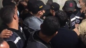 نقابة الصحفيين تدين بشدّة اقتحام قوات الأمن لمقرّ وكالة تونس افريقيا للأنباء