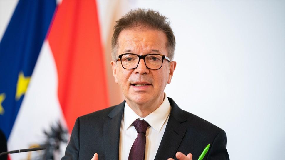 وزير الصحّة النمساوي يعلن استقالته بسبب 'الإنهاك' في مواجهة كورونا